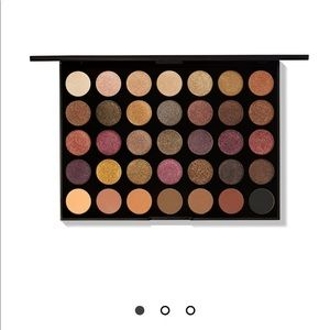 NWT Morphe 35F FALL INTO FROST ARTISTRY PALETTE